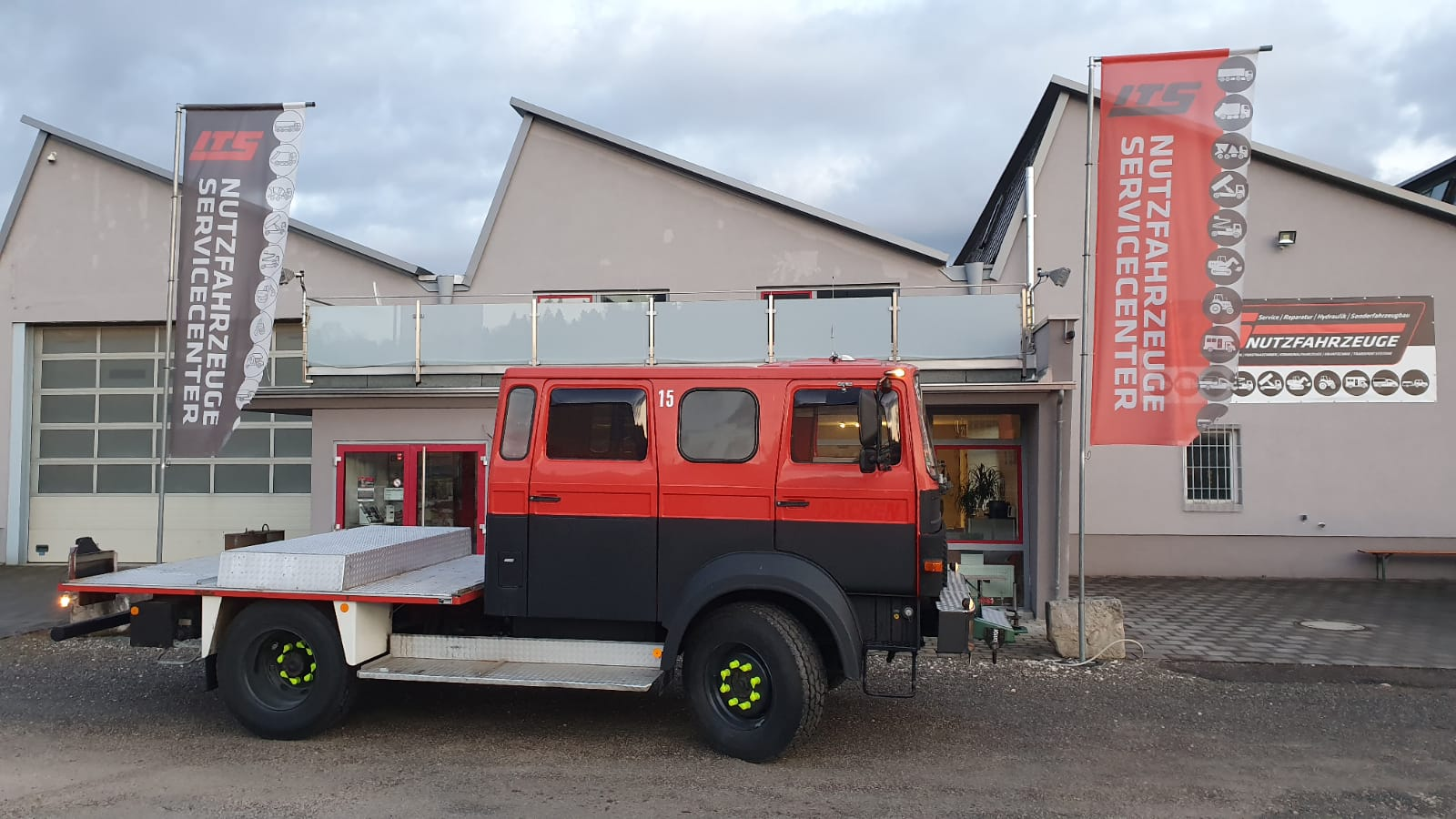 IVECO Magirus 90-16 Expeditionsmobil